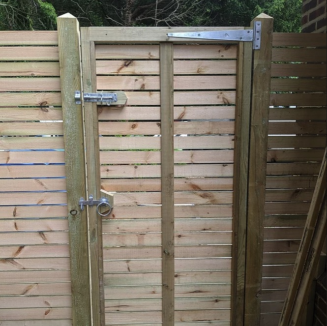 Bespoke Horizontal Slat Fence-builders-Ascot