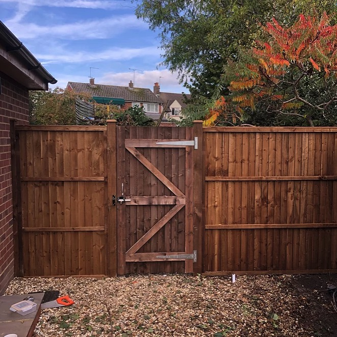 closeboard panel fencing