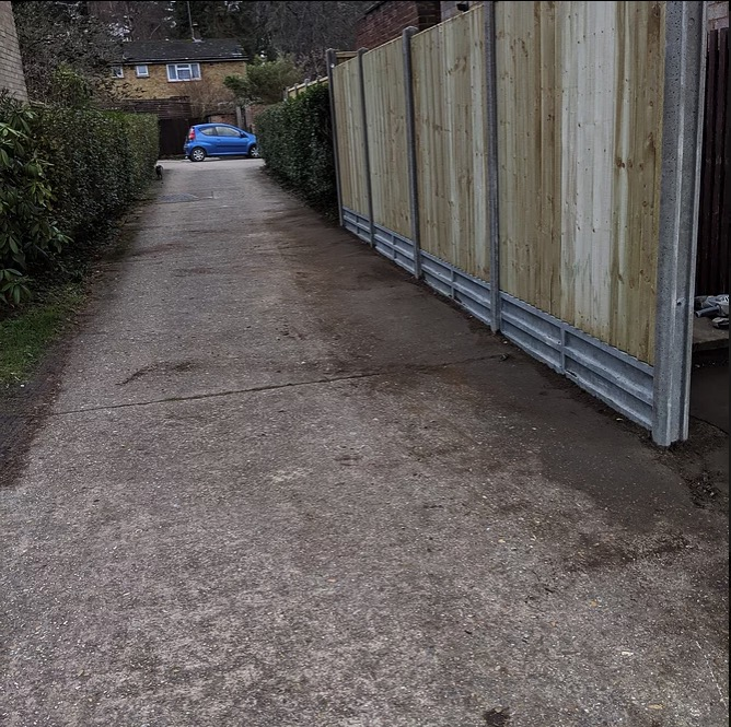 Metal-Fence-builders-Bracknell-Berkshire