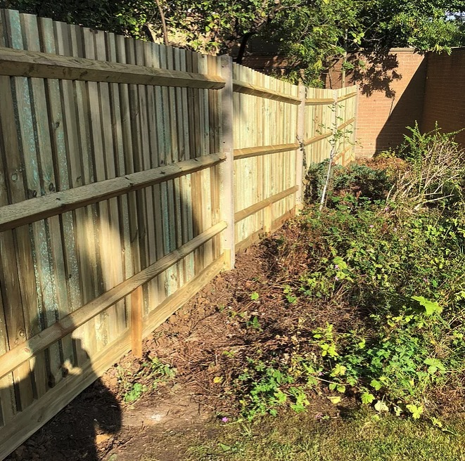Palisade Fencing-Installers-Ascot