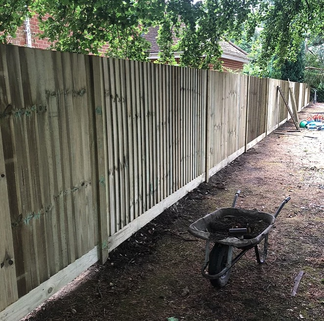 Timber Closeboard Fencing-Installers-Ascot