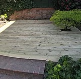 Timber-decking installation-companies-in-Bracknell